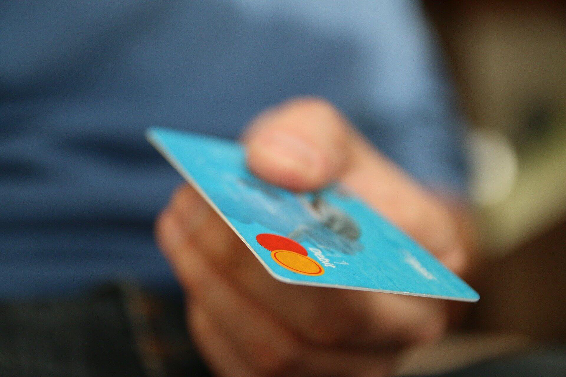 mit Karte bezahlen