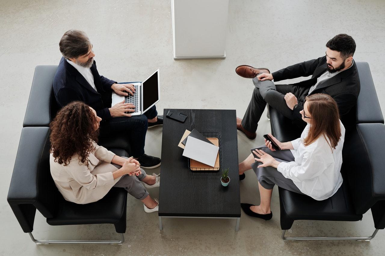 """Ein Jahr für """"echte"""" Dienstleister – insbesondere in Bezug auf Personalberater"""