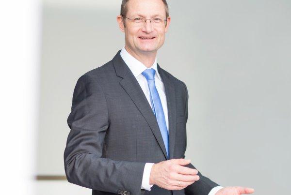 Geschäftsführer - Jörg Volkmann - carrisma GmbH